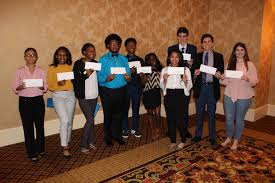 Students awarded scholarships for hard work in local mentor ...