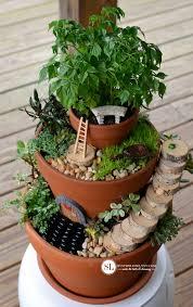 fariy garden. Flower Pot Fairy Garden #michaelsmakers Fariy