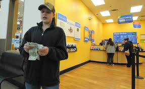 Walmart Customer Service Number Wal Mart Benefits From Anger Over Banking Fees The New