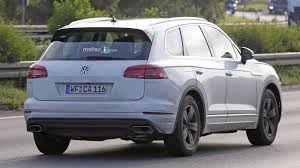 2018 volkswagen touareg. delighful 2018 the 2018 touareg borrows a lot from the tprime concept in terms of  interiors control panel instrument cluster and door panels receive more  with volkswagen touareg