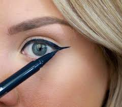 how to make your eyeliner stay on all day eyeliner is one of the essential items that should be in your makeup bag as it works in conjunction with your