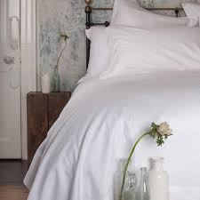 300tc satin stripe white bedding set