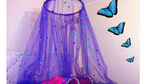 Tulle Canopy Diy Diy Canopy In 15 Minutes Easy To Make Bed Canopy Perfect For Small
