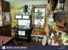 Early American Kitchen Room Fireplace Tree Ornaments Antique Black - Early american dining room furniture