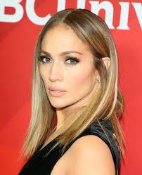 Jennifer Lopez New Hair Style jennifer lopezs new lob haircut is fire but what else would you 2157 by stevesalt.us