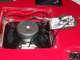 pignose pgg guitar internal speaker upgrade cigar box picture of original pignose pgg200 speaker and small amplifier circuit card
