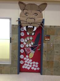 cool college door decorating ideas. Delighful Decorating Awesome Cool Door Decorating Ideas With Wonderful College  Dorm For Guys Bedroom And C
