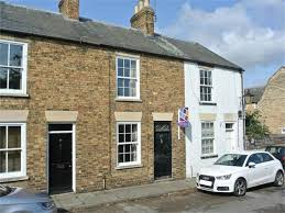 2 bedroom property in church lane stamford lincolnshire 265 000