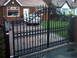 china bow top black metal garden gate