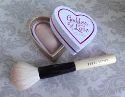 i heart makeup dess of love with brushi heart makeup dess of love with brush