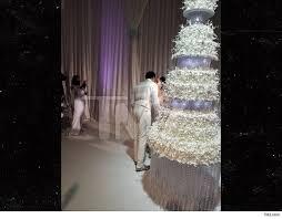 Gucci Mane And Keyshias Wedding Cake Cost 75k Took Months To Plan
