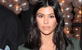 kourtney kardashian and kylie jenner announce their makeup collaboration