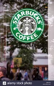 starbucks coffee logo 2015. Perfect Starbucks PRAGUE RPUBLIQUE TCHQUE  25 MAI 2015  Le Logo Starbucks Coffee   Prague Restaurant With Logo E