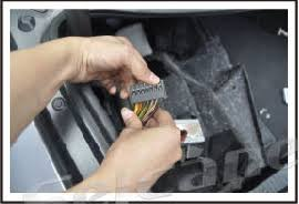 how to remove 2005 2006 mercedes cls w219 cls350 cls500 cls55 make connection between the speaker cable and the speaker socketâ'¡