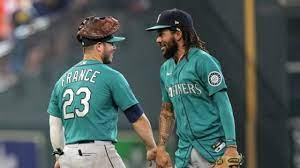 How are Mariners still in playoff race ...