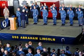 u s department of defense photo essay u s defense secretary robert m gates administers the oath of enlistment to 13 sailors during