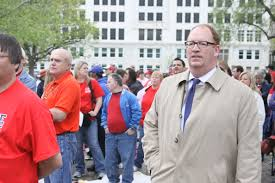 More than 1,000 rally at Statehouse for DD carve-out – Kansas Health  Institute
