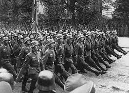 תוצאת תמונה עבור מלחמת העולם השניה  יורים באזרחים