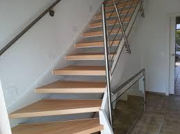 Bei offenen treppensystemen brauchen nur die stufen selbst verkleidet zu werden. Treppenrenovierung Treppensanierung Hubscher