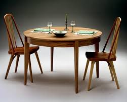 ming shaker round table by becker