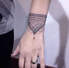 Maybe you would like to learn more about one of these? Tatuagem Bracelete 2017 Tendencias E Fotos