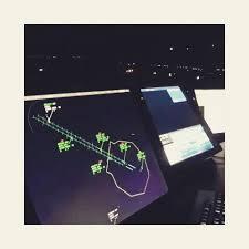 Resultado de imagen para Como se ve operando un radar del Invap en un aeropuerto argentino