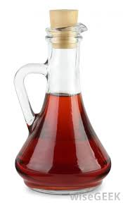 red wine vinegar which can attract fruit flies into a trap