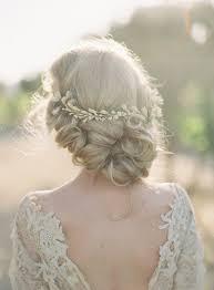 18 Coiffures Pour Un Mariage Champêtre Secrets De Beautés