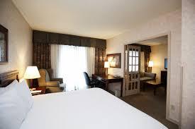 On Suite Bedroom Guest Rooms Atrium Inn Vancouver