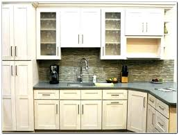kitchen cabinets hardware shaker cabinet handles kitchen hardware trends how to choose kitchen cabinet hardware popular kitchen cabinet kitchen cabinet