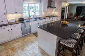 countertops for white cabinets. This Is Terrific Marriage One That Makes Design Statement While Delivering Function As Well Whether You Choose Granite Quartz Onyx Quartzite To Countertops For White Cabinets