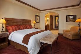 Lodge Room Designs Best 25 Lodge Bedroom Ideas On Pinterest Lodge Lodge Room Designs