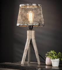 Tafellamp Industrieel Stoere Tafellamp Nolan 3poot Hout Verweerdkoper