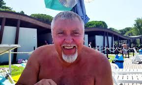 Maurizio Mattioli in riviera fa ridere… anche le zanzare | estense.com  Ferrara