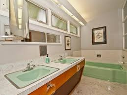 mid century bathroom. 20 Stylish Mid Century Modern Bathroom Designs For A Vintage Look I