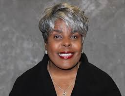 Dr. Pamela Smith '72 to Receive 2018 MCC Distinguished Alumni Award | News  and Events