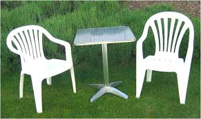 plastic patio table and chairs polywood