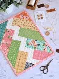 Free Table Runner Patterns Interesting 48 Free Table Runner Patterns Free Sewing Patterns Pinterest