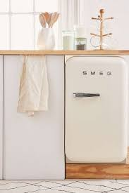 Kitchen Small Appliance Stores 25 Best Ideas About Small Refrigerator On Pinterest Tiny Fridge