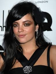 http://www.becomegorgeous.com/hair/photos/lily_allen_hairstyles/lily_allens_medium_layered_hairstyle-I821#image · Lily Allen Long Brunette Hairstyle - lilyallenhairstyles_lo9ngblackhairstyle