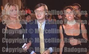 Marcellino Radogna - Fotonotizie per la stampa: Elenoire Casalegno con  Vittorio Sgarbi e Rosi Greco