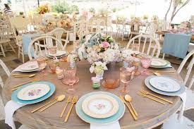 58 Spring Centerpieces and Table Decorations - Ideas for Spring Table  Settings
