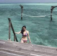 นาตาลี แซ่บสะกดทุกสายตา! สวมบิกินี่โชว์ท่ายากริมทะเลมัลดีฟส์ - โพสต์ทูเดย์  ข่าวบันเทิง