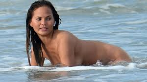 Chrissy Teigen Gets Fully Naked In Hot Photoshoot with John Legend