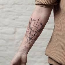 Minimalistické Tetování Black House Tattoo