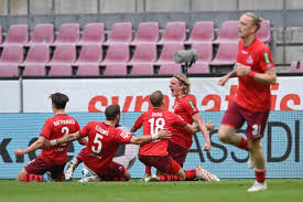 Die hanseaten mühten sich im hinspiel gegen zweitligist 1. Werder Bremen Relegated After Dramatic Bundesliga Finale