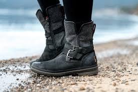 winter pastels ugg simmens boots 6