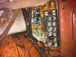 project grand touring 1966 thunderbird the bangshift com forums also this fuse panel will be fun