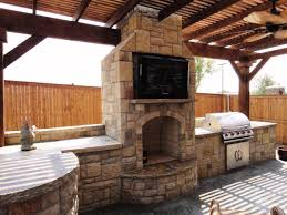 outdoor kitchens and fireplaces photos