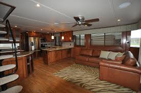 Updating your outdated interior Tips From The Experts | Houseboat Magazine